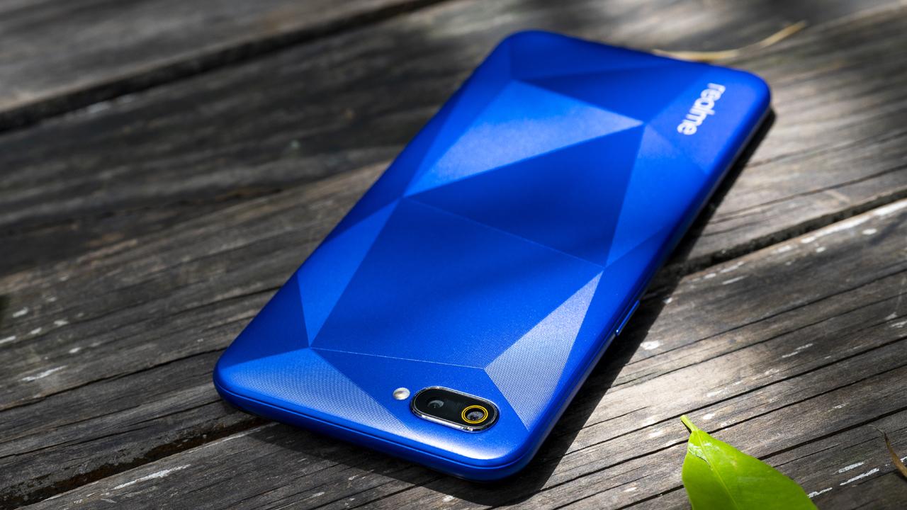 Realme C2 giá từ 3 triệu đồng, lên kệ ngày 1/6 2