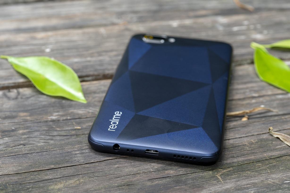 Realme C2 giá từ 3 triệu đồng, lên kệ ngày 1/6 3