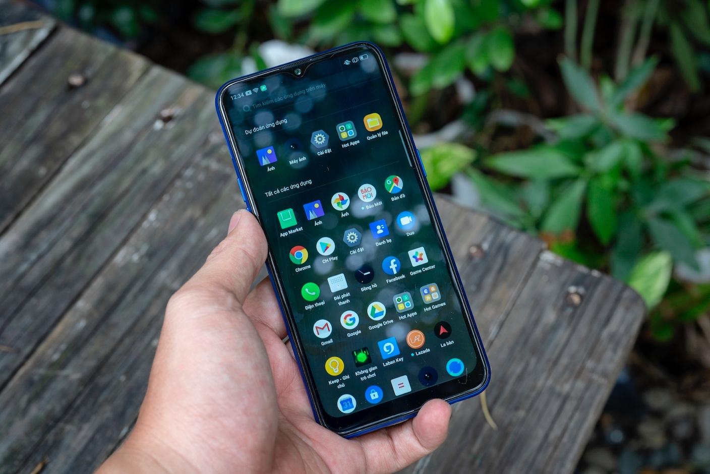 Realme C2 phiên bản nâng cấp bán độc quyền tạiThế Giới Di Động, giá2,99 triệu đồng 3