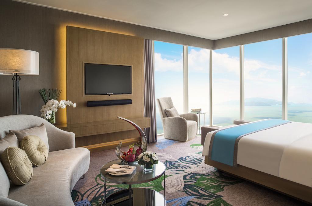 Kích cầu, khách sạn 5 sao giảm giá còn hơn 1 triệu đồng/đêm 1
