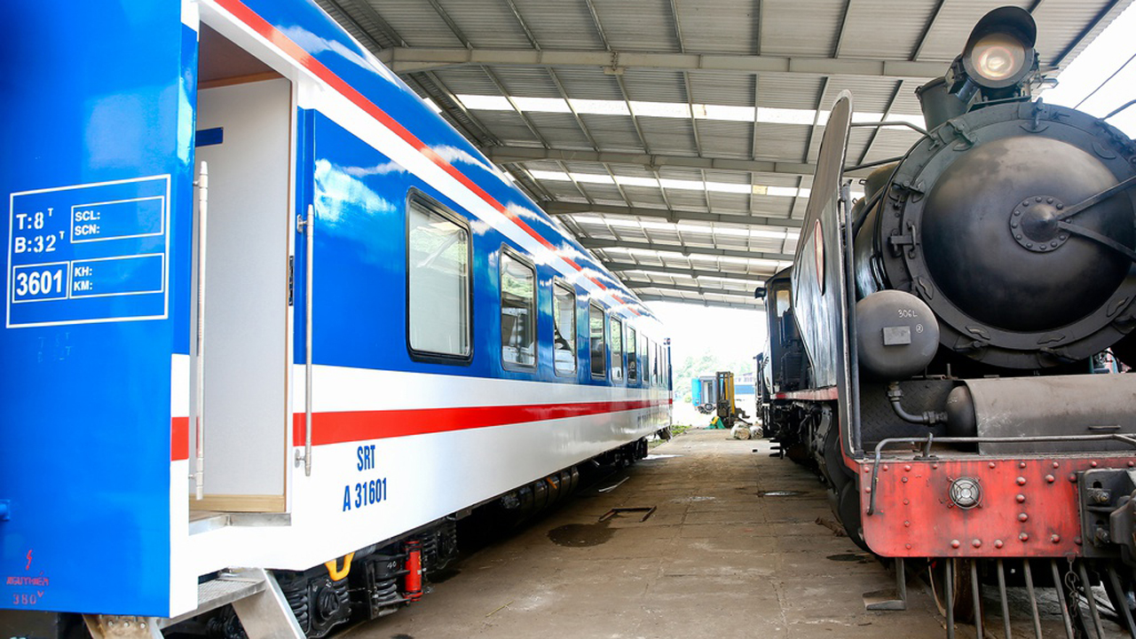 Ngắm toa tàu Vietage hạng sang chạy tuyến Đà Nẵng - ga Diêu Trì 1