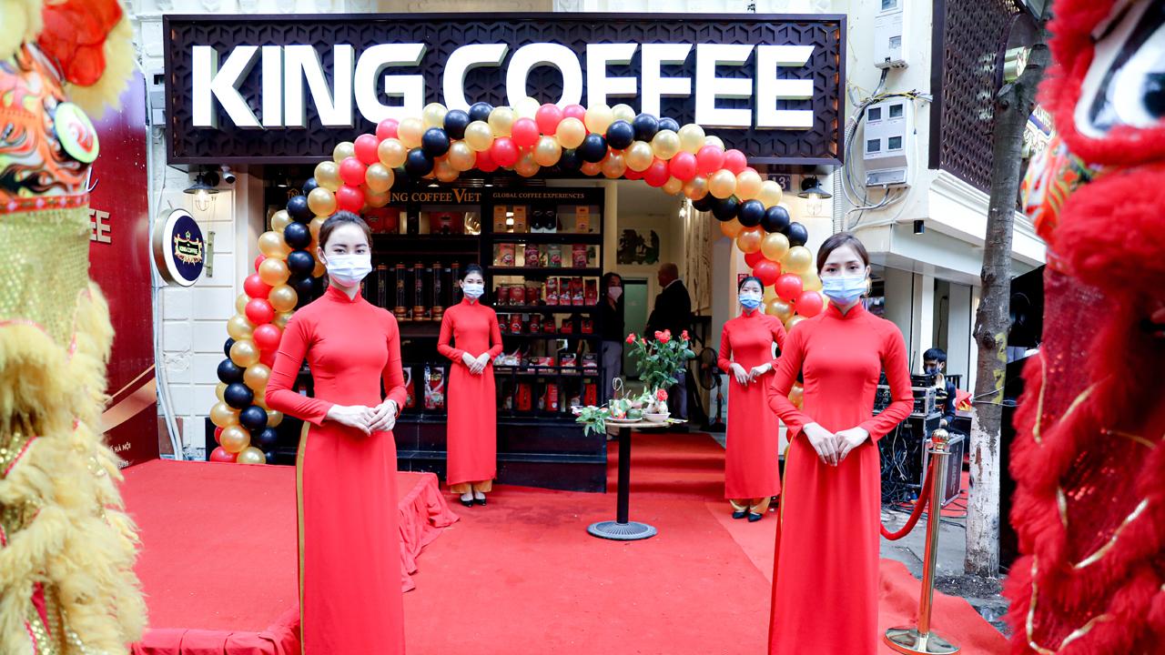 King Coffee khai trương quán cà phê tại Hà Nội 2