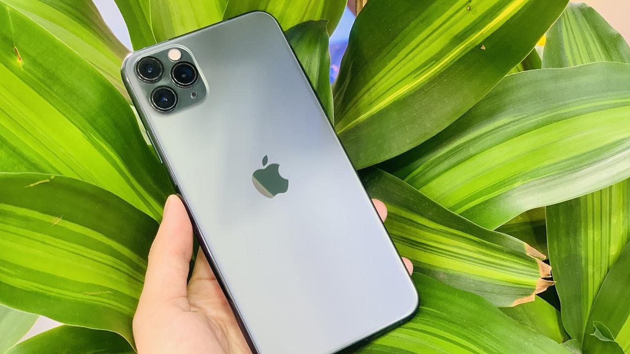 Hàng loạt điện thoại iPhone được giảm giá sâu ngày khai trươngDi Động Việt Gò vấp 2