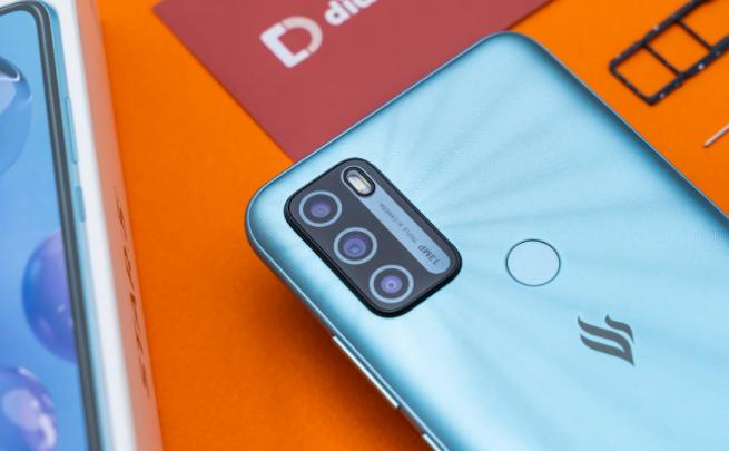 Nhận thêm 10GB DATA 1 tháng khi mua smartphone Vsmart Star 5 tại Di Động Việt, giá 2.34 triệu đồng 2