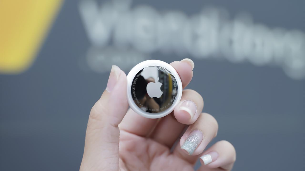 Trên tay Apple AirTag, giá 790.000 đồng 7