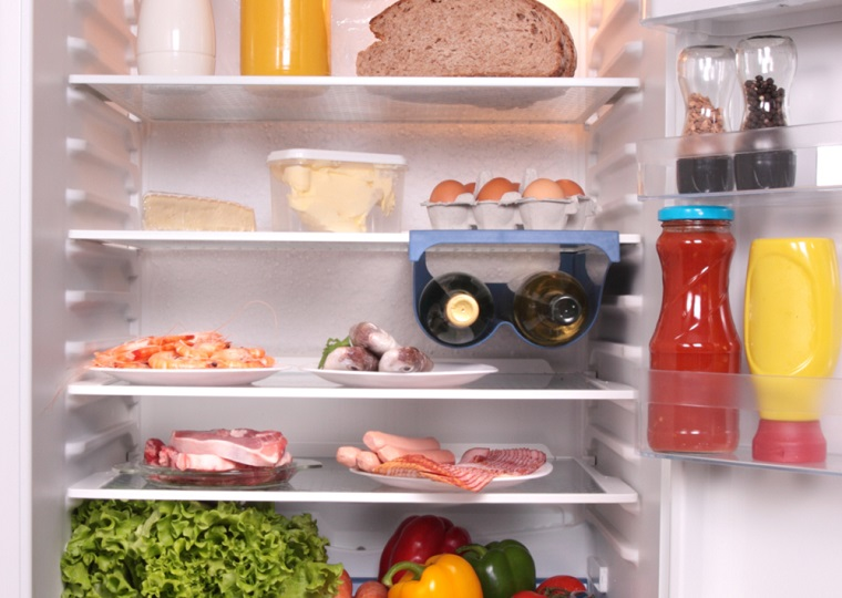Xử lý tủ lạnh bị đọng nước, đóng tuyết trên ngăn đá 2