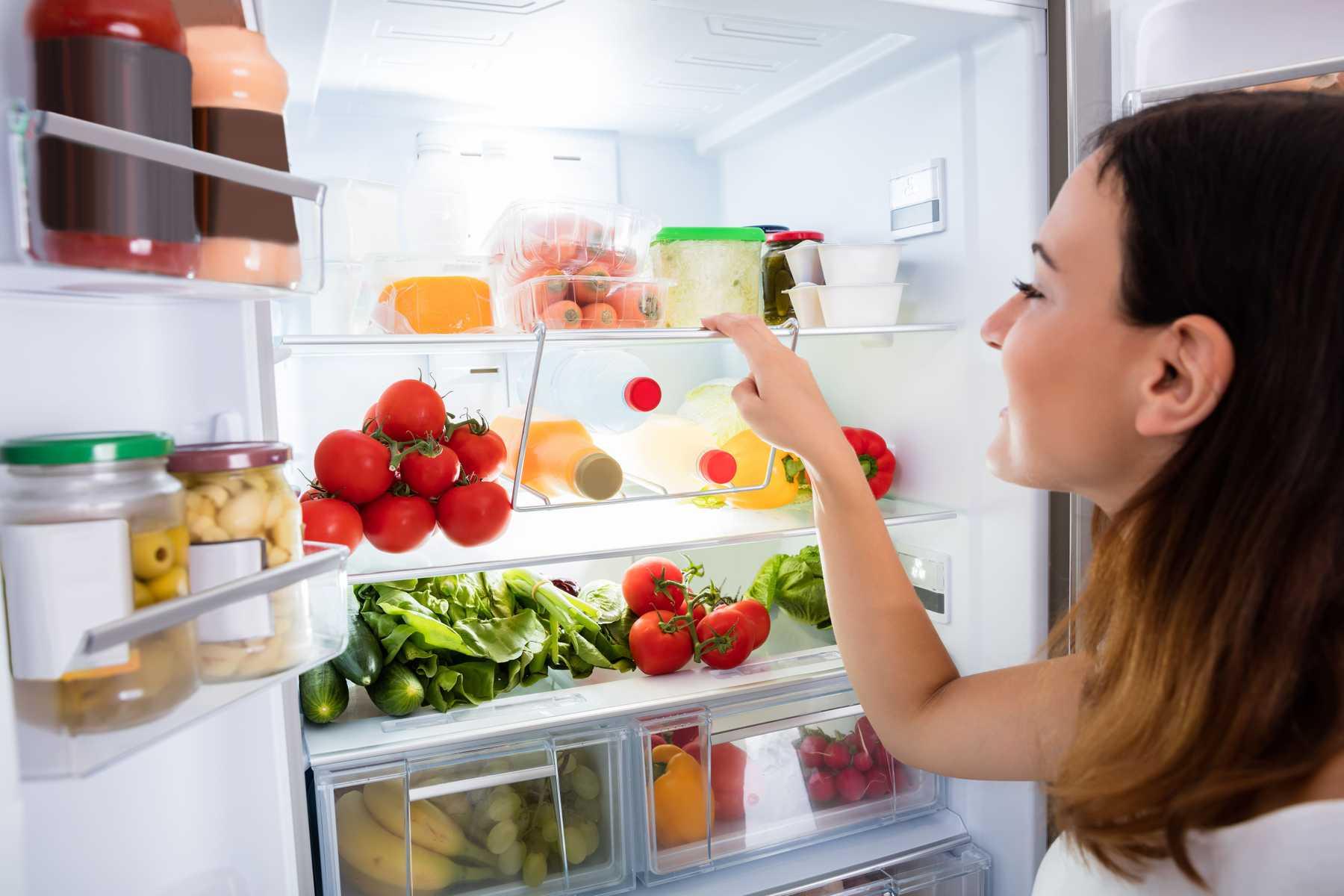 Xử lý tủ lạnh bị đọng nước, đóng tuyết trên ngăn đá 8