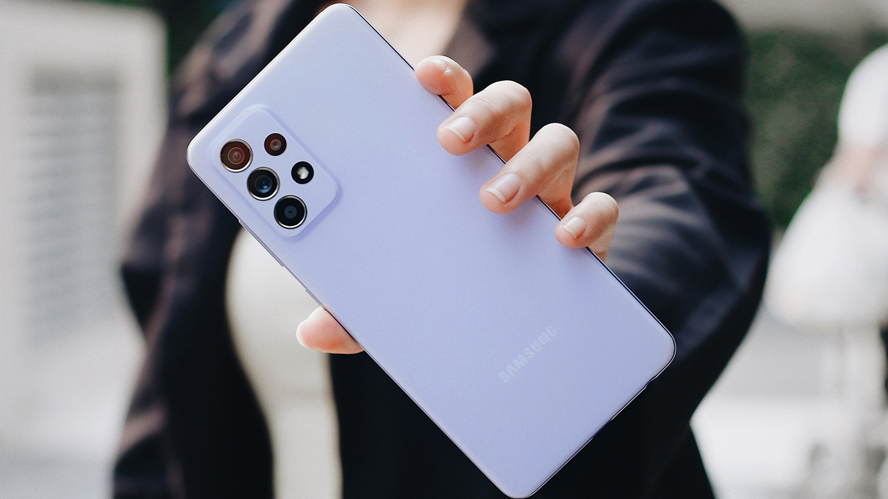 FPT Shop giảm đến 11 triệu đồng và nhân đôi bảo hành cho điện thoại Samsung 2