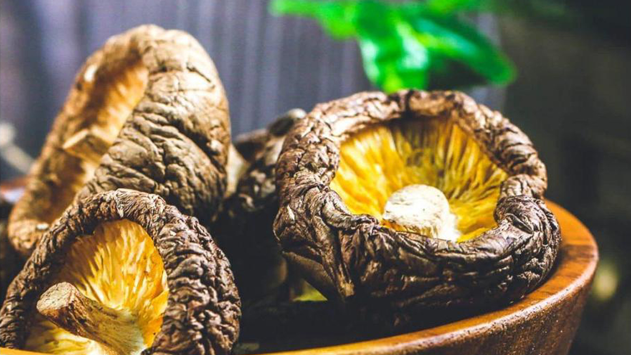 Cách chọn nấm hương khô chuẩn 10