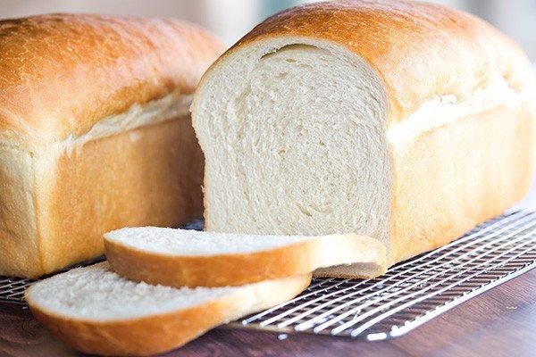 Bánh mì đen khác bánh mì trắng ra sao? Ăn loại bánh mì nào giảm cân và tránh tiểu đường? 31