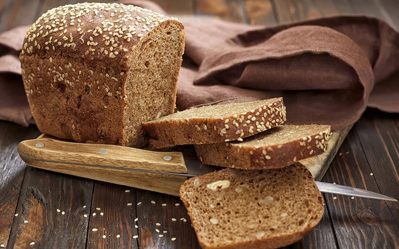 Bánh mì đen khác bánh mì trắng ra sao? Ăn loại bánh mì nào giảm cân và tránh tiểu đường? 37