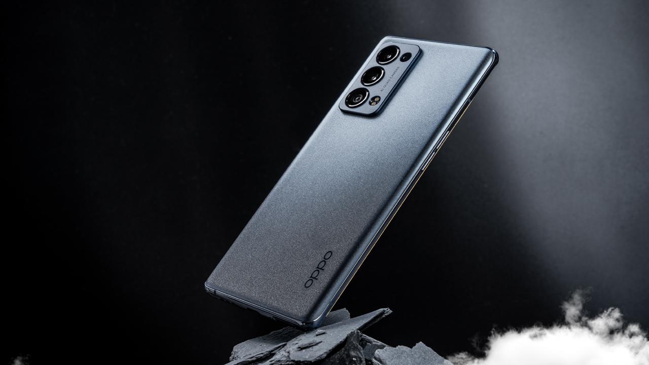 Thế Giới Di Động bán độc quyền OPPO Reno6 Pro, giá 18.99 triệu kèm loạt ưu đãi 17